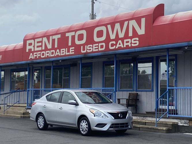 2017 SILVER NISSAN VERSA SV (3N1CN7AP0HK) , located at 815 E Broadway St, North Little Rock, AR, 72114, (501) 801-6100, 34.755993, -92.259071 - Photo #0